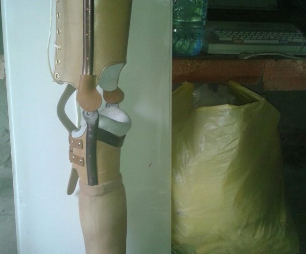 Протез левой ноги (до колена). Фото 2. Сочи.