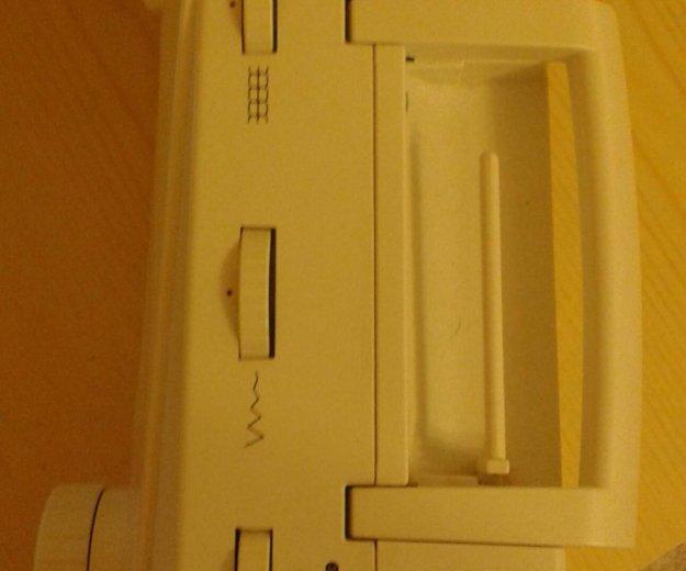 Швейная машина astralux. Фото 4.