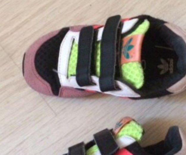 Кроссовки adidas оригинал. Фото 2. Дубровка.
