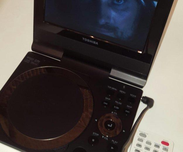 Toshiba sd-p73swr - портативный dvd плеер. Фото 3.