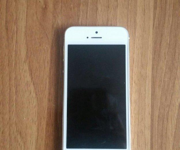 Iphone 5s gold 16 gb. Фото 1.