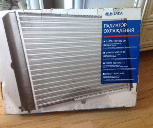 Радиатор охлаждения подходит к 2106. Фото 1. Краснодар.