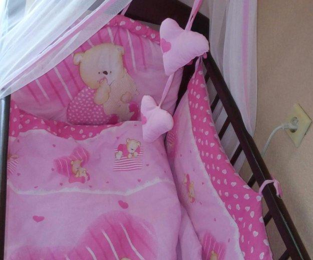Комплект в кроватку. Фото 1. Саратов.