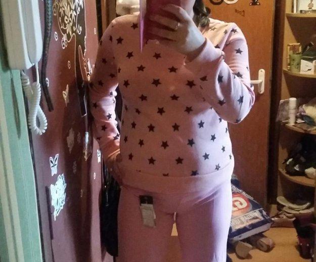 Розовые брюки. Фото 1. Москва.