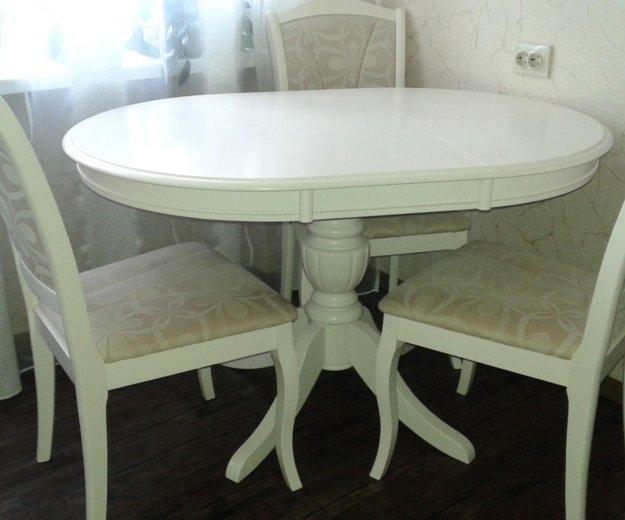 Комплект:стол и 4 стула. Фото 1. Магадан.