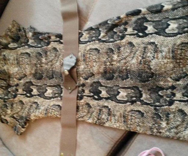 Нарядное платье на девочку10-12лет. Фото 1. Козельск.
