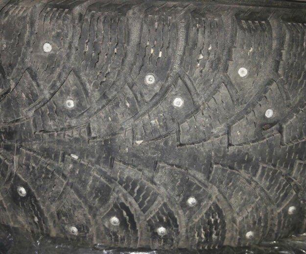 R15 зимние шины. Фото 1.