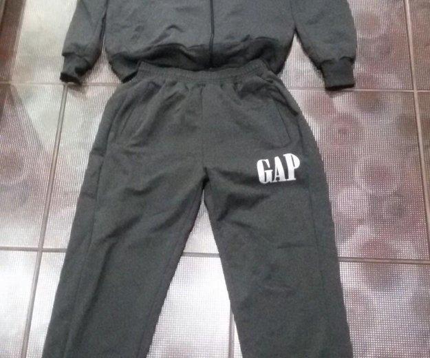 Новый спортивный мужской костюм gap. Фото 1. Киров.