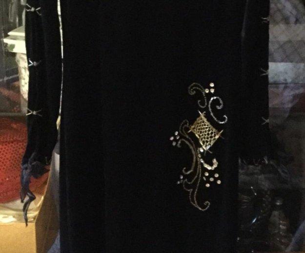 Платье бархатное. Фото 2. Щёлково.