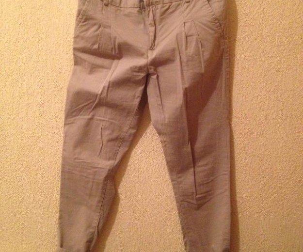 Стильные брюки зауженны. Фото 1.
