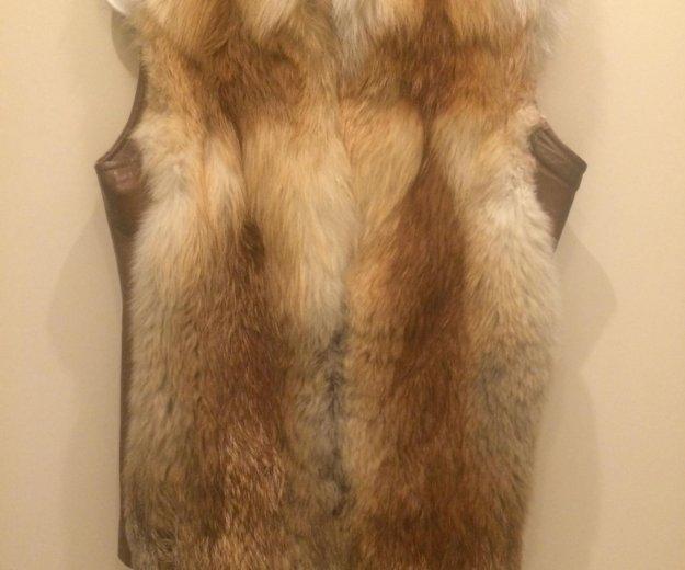 Меховой жилет  из лисы. Фото 1.
