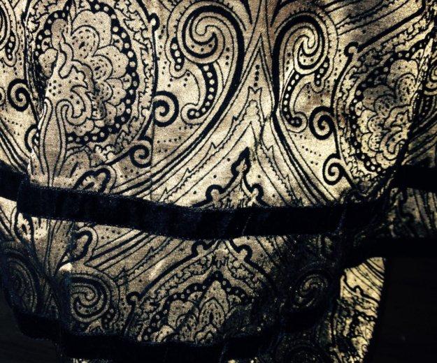 Юбка с корсетом фирмы гота очень красивый . Фото 2. Москва.