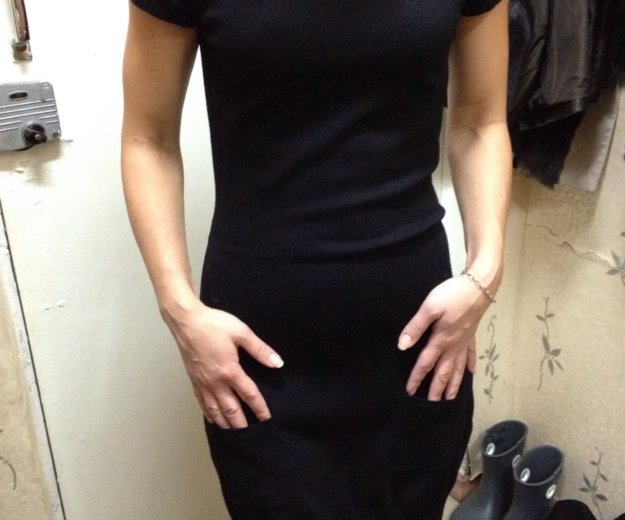 Платье трикотажное с карманами приятное к телу. Фото 3. Москва.
