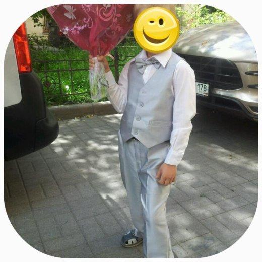 Детский костюм ( жилет, брюки, бабочка). Фото 2.