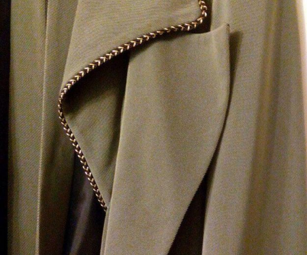 Пальто кримпленовое лёгкое. Фото 3.
