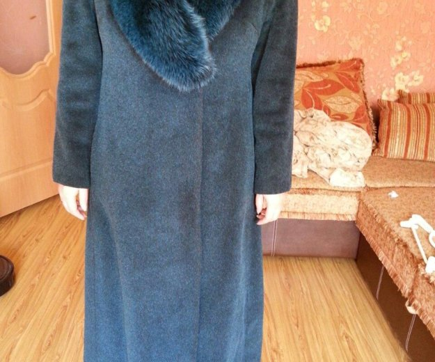 Зимнее пальто. Фото 1. Южно-Сахалинск.