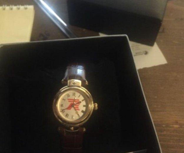 Часы новые. Фото 1.