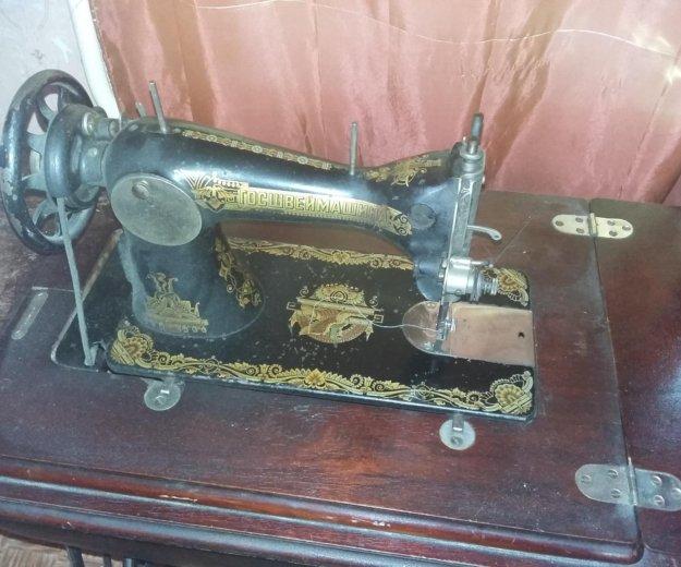 Швейная машинка. Фото 4. Москва.