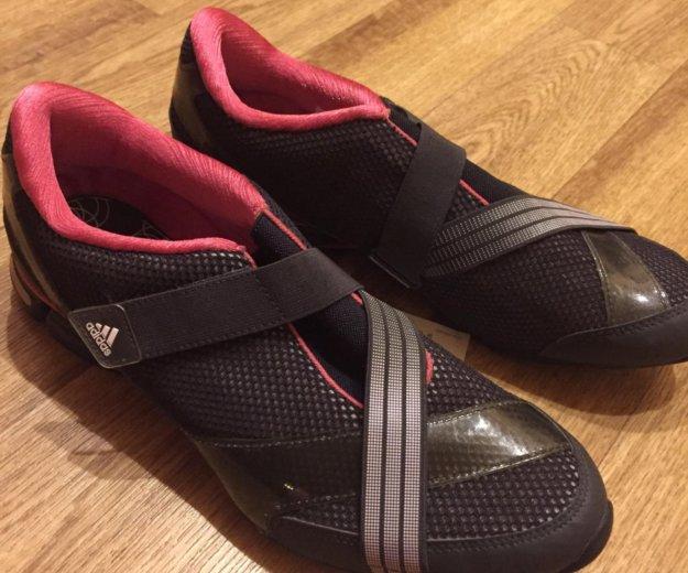 Кроссовки новые!!!. Фото 2. Саратов.