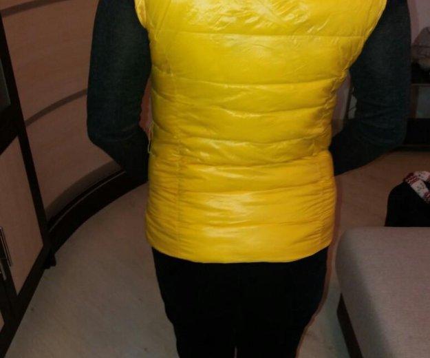Пуховая жилетка moncler. Фото 1. Красногорск.