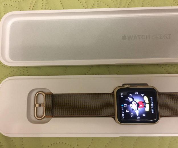 Часы apple watch sport 42 mm. Фото 2.