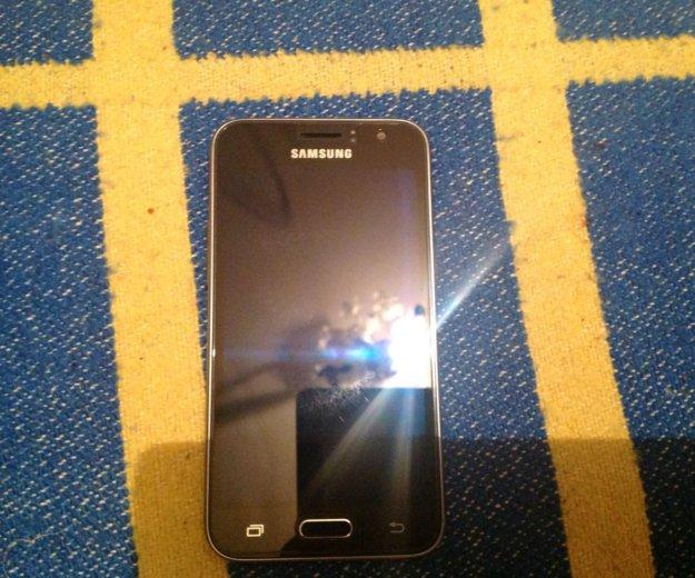 Samsung galaxy j1 6. Фото 3.