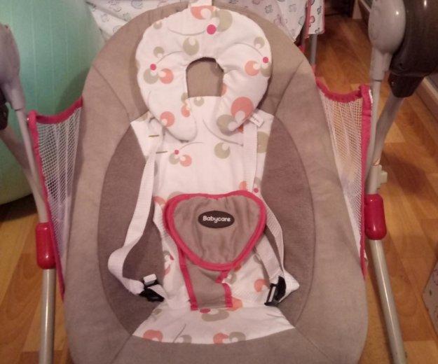 Электронные качели baby care. Фото 1.