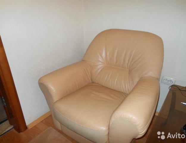 Диван и кресло кожаные. Фото 1. Екатеринбург.