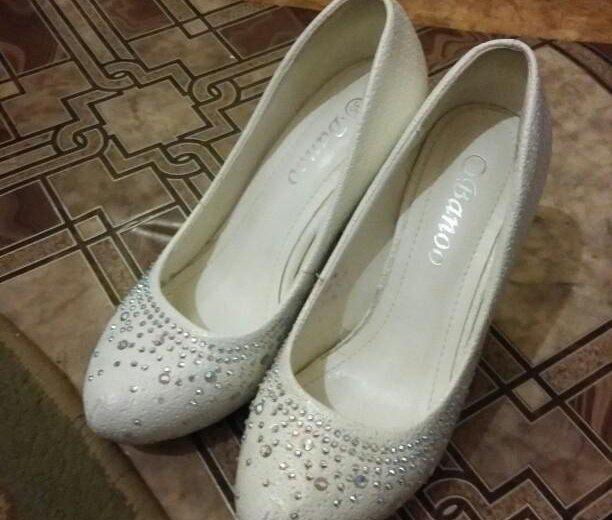 Туфли белые. Фото 3. Астрахань.