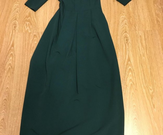 Платье новое изумрудного цвета. Фото 1. Лыткарино.