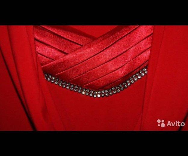 Красное платье. Фото 4. Пенза.