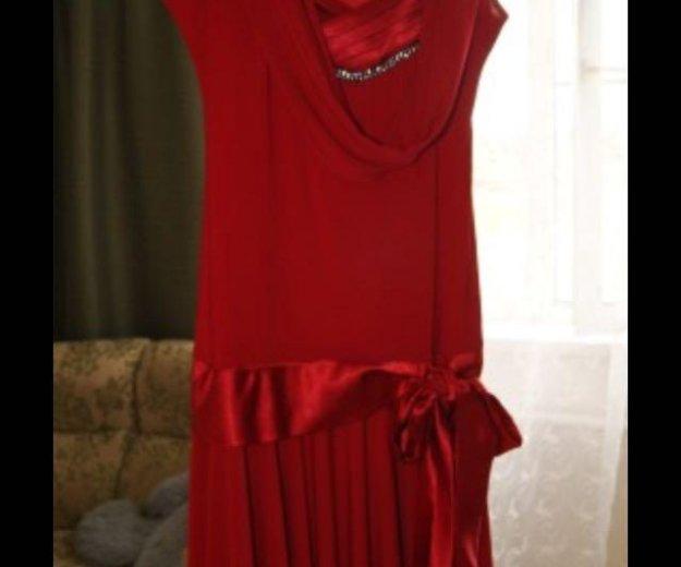 Красное платье. Фото 2. Пенза.
