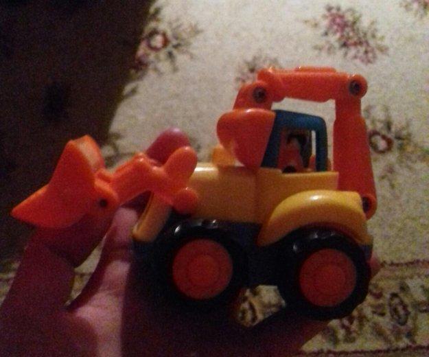 Трактор. Фото 1. Ижевск.