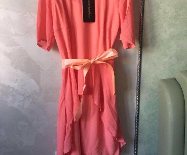 Платье со шлейфом. Фото 1. Москва.