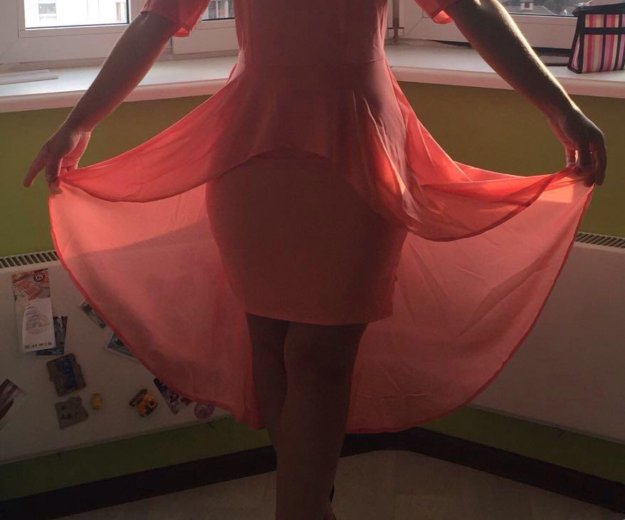 Платье со шлейфом. Фото 3. Москва.