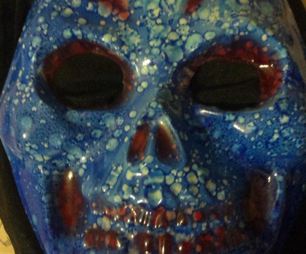 Страшная маска. Фото 1. Набережные Челны.