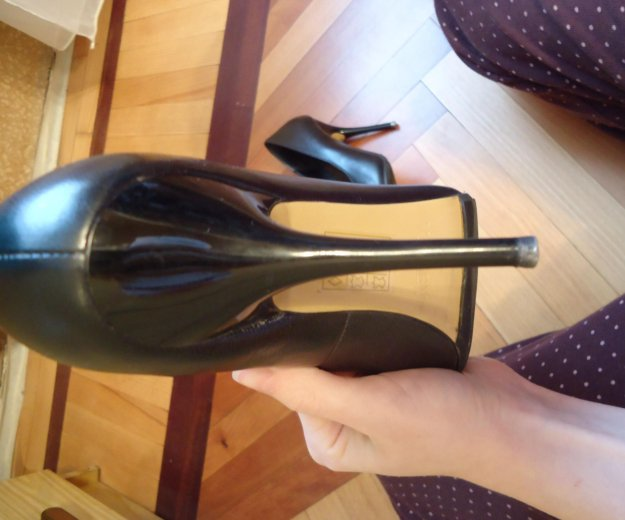 Туфли черные кожаные 36 размер. Фото 3. Москва.