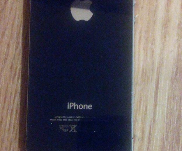 Продам iphone 4 32gb (с чехлами). Фото 2.
