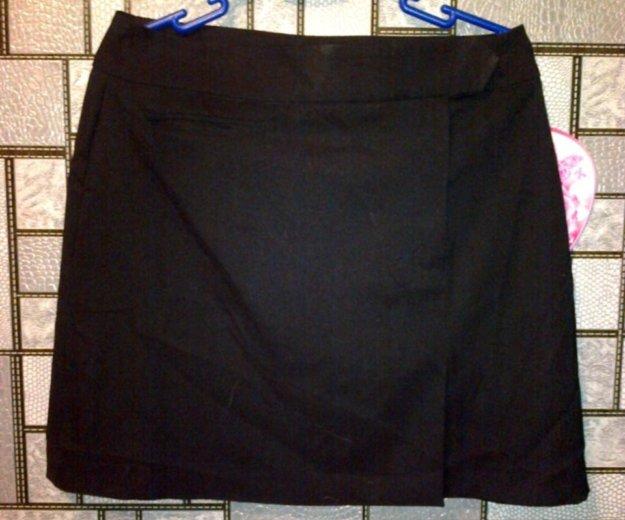 Классическая юбка и спортивные штаны. Фото 1. Астрахань.