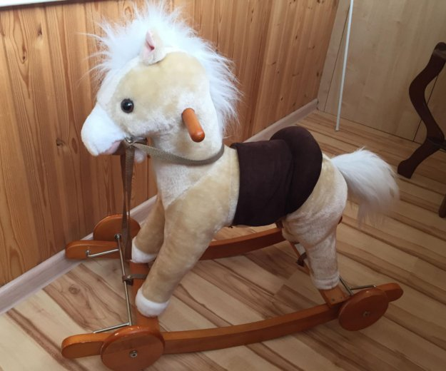 Лошадь-качалка со звуком. Фото 1. Москва.