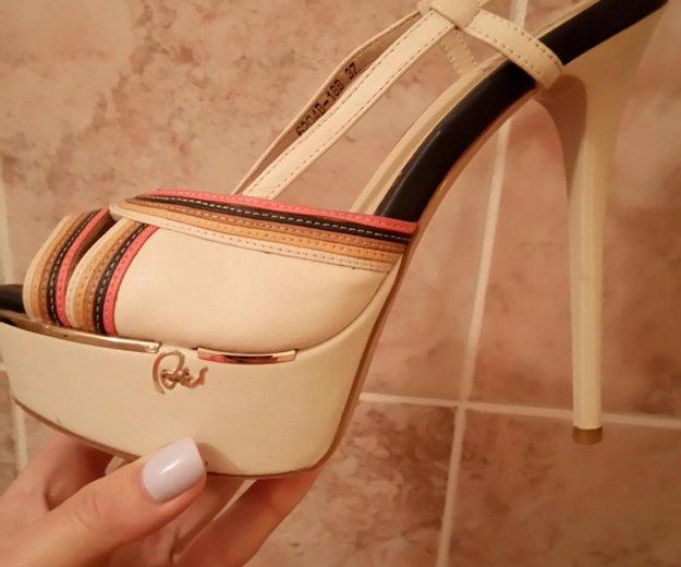 Женская обувь. Фото 1. Пермь.