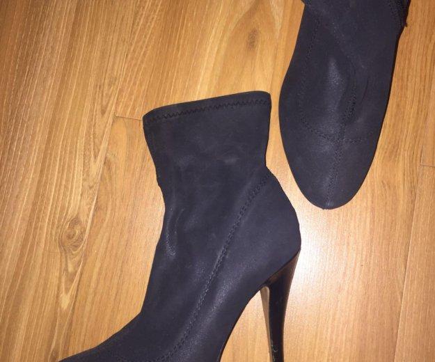 Обувь осеняя. Фото 1. Москва.