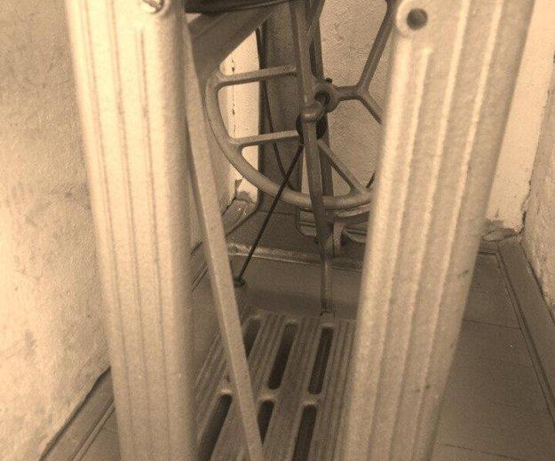 Бытовая швейная машина класса 2-м. Фото 1. Пенза.