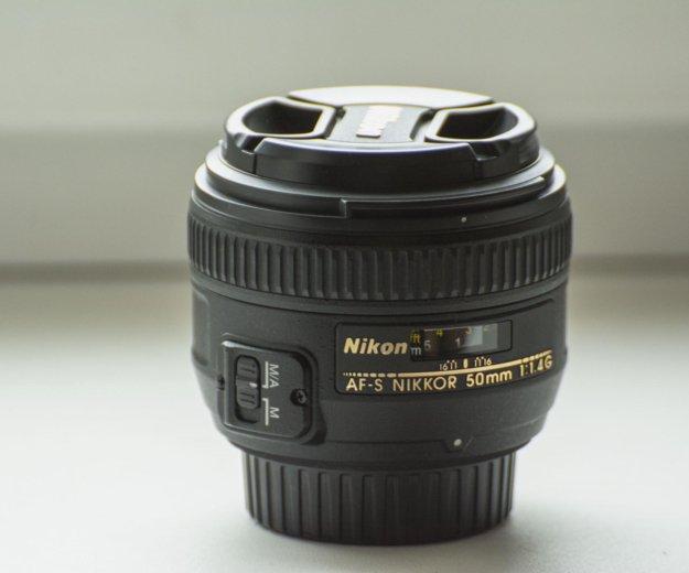 Объектив nikon 50mm f/1.4g af-s nikkor. Фото 1.