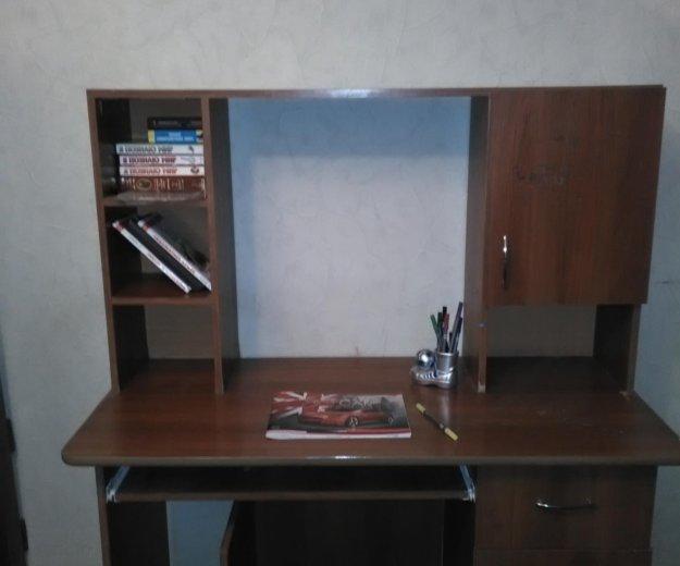 Стол письменный / компьютерный. Фото 1.
