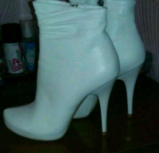 Свадебные ботинки. Фото 1. Томск.