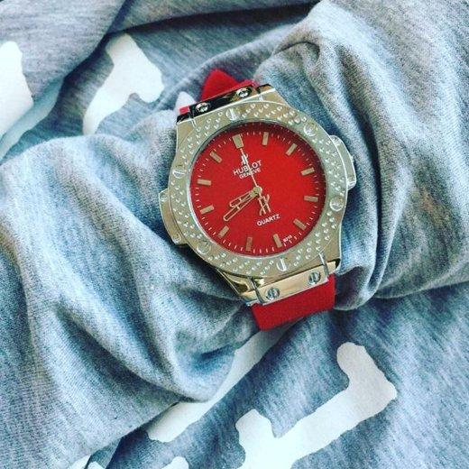 Часы очень стильные на заказ. Фото 3. Когалым.