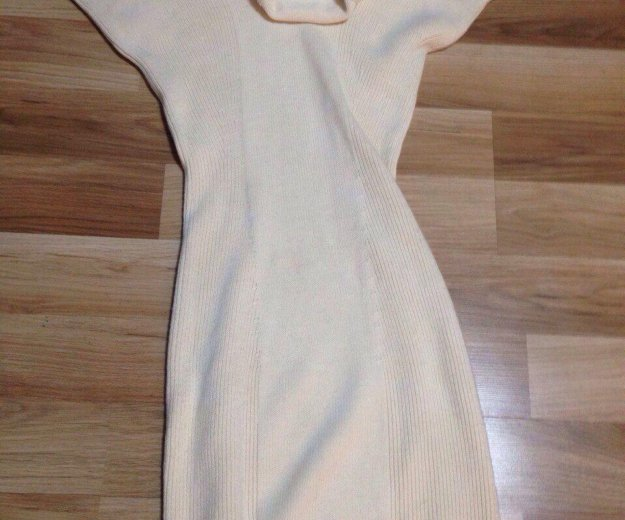 Платье stefanel шерсть. Фото 1.