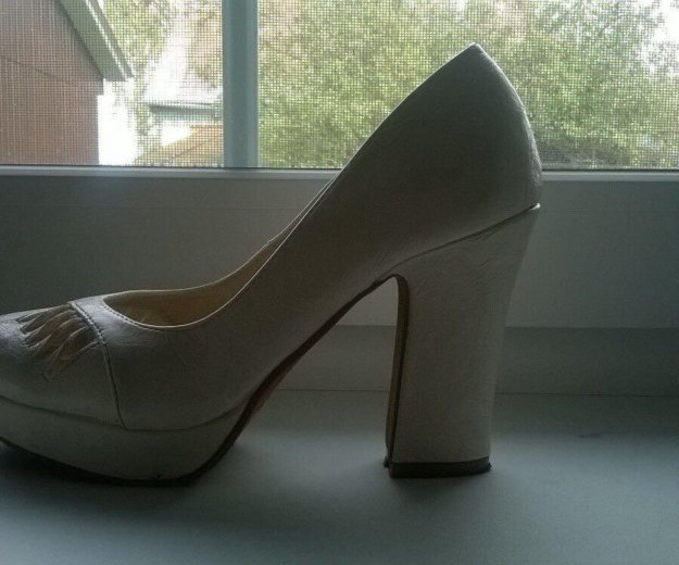Туфли 37 размер. Фото 1.