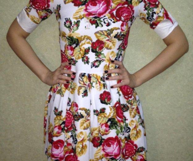 Платье. Фото 1. Дубовое.